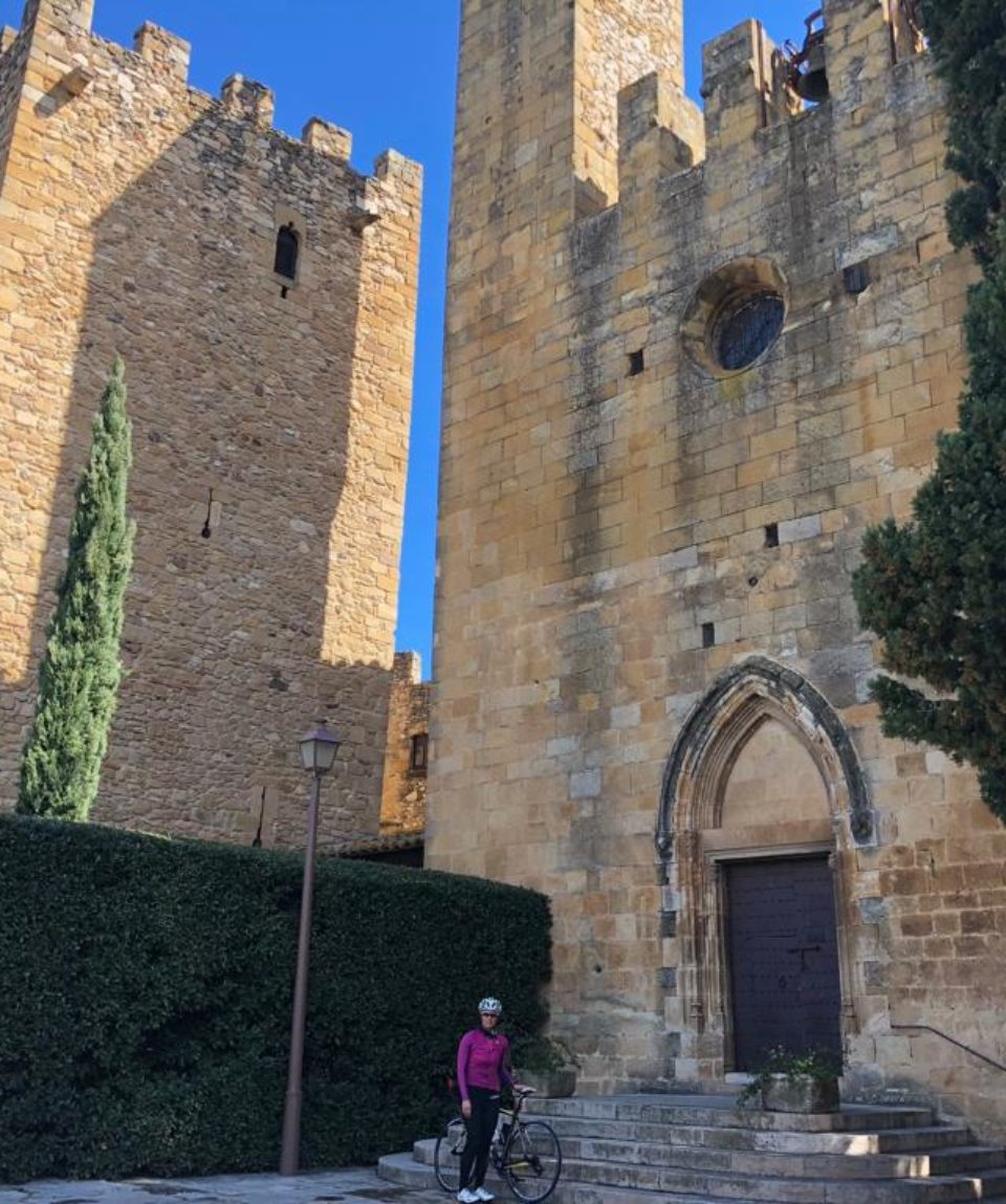 Cycling and wine tasting in Girona