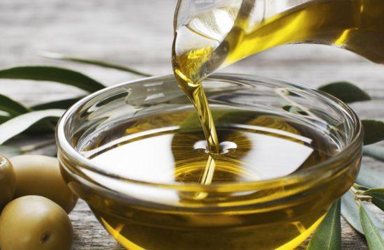 Oil taste in Mallorca